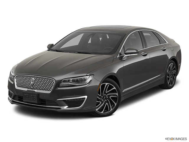 2020 Lincoln MKZ Front angle view