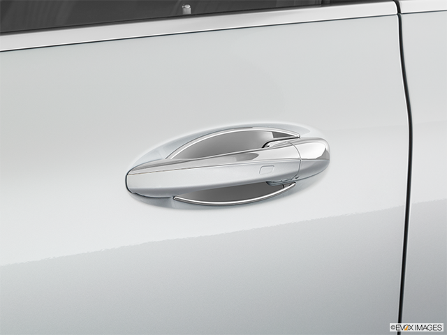 2020 Mercedes-Benz CLS Drivers Side Door handle