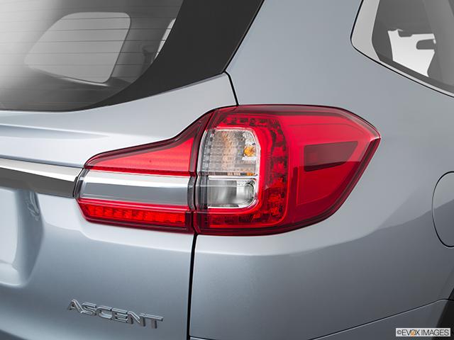 2020 Subaru Ascent Passenger Side Taillight