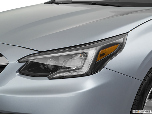 2020 Subaru Legacy Drivers Side Headlight