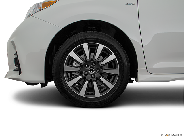 2020 Toyota Sienna Front Drivers side wheel at profile