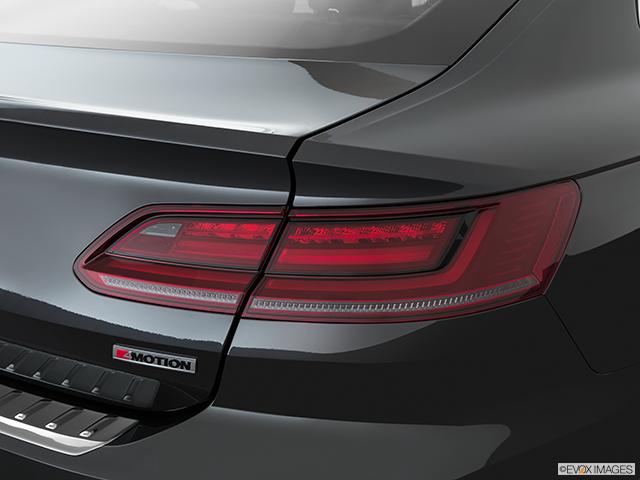 2020 Volkswagen Arteon Passenger Side Taillight