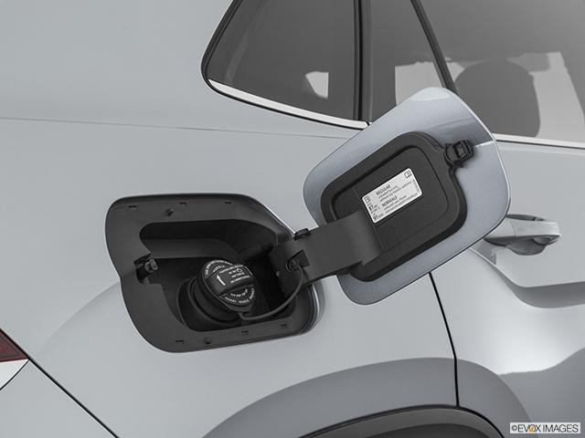 2020 Volkswagen Atlas Cross Sport Gas cap open