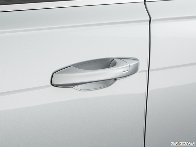 2020 Volkswagen Passat Drivers Side Door handle