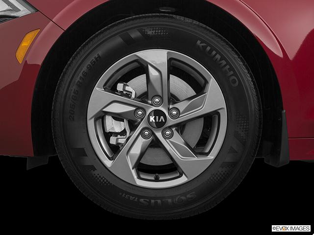 2021 Kia K5 Front Drivers side wheel at profile