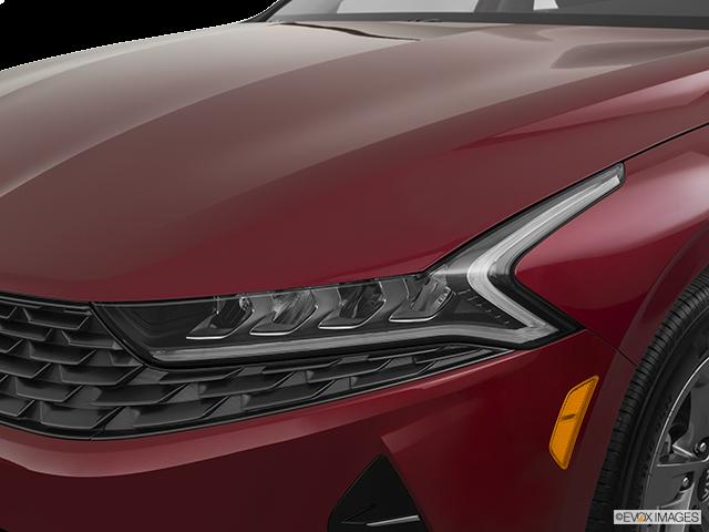 2021 Kia K5 Drivers Side Headlight