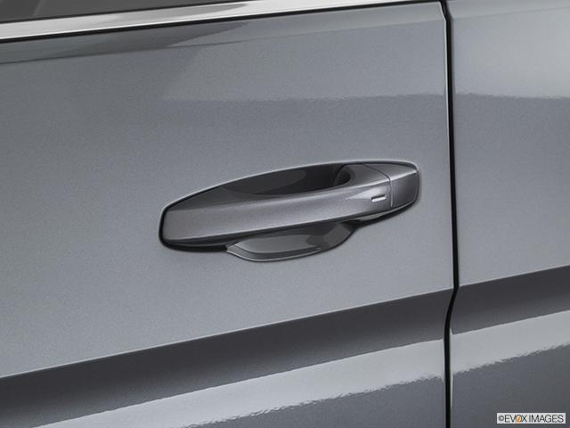 2021 Volkswagen Atlas Drivers Side Door handle