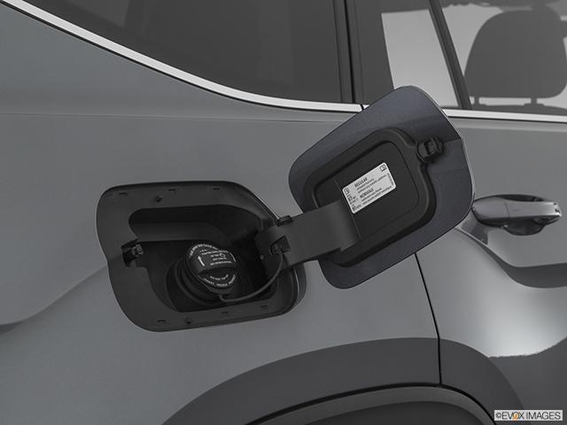 2021 Volkswagen Atlas Gas cap open